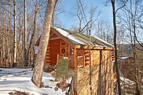 Honeymoon Cabins In Pigeon Forge Tennessee by Pigeon Forge Honeymoon Cabin