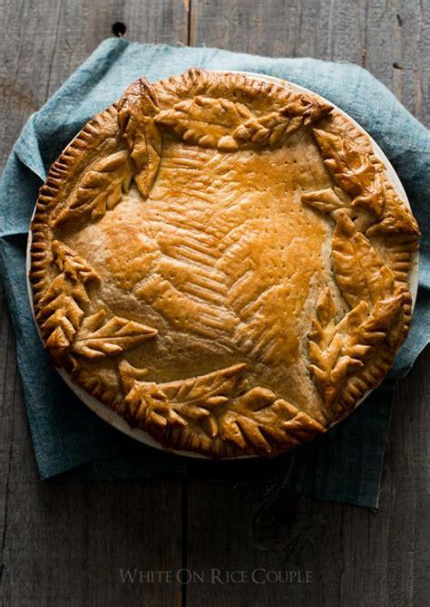 leaf pie designs pie crust leaves  holiday