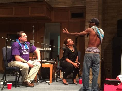 rubber st shows ferguson s mayor faces the heat as forum dissects city s