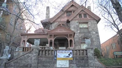 visit the home of molly brown survivor of the titanic