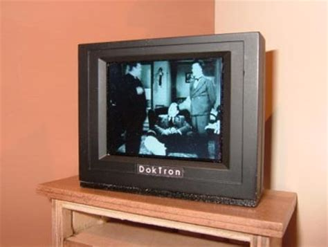 dollhouse tv a working tv for your dollhouse geekologie