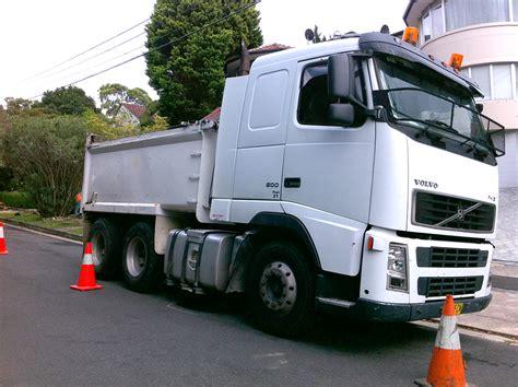 truck sydney multilink earth works nsw truck hire