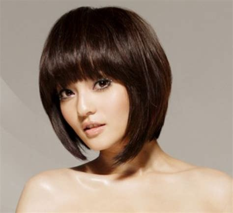 hair cut in front cute asian modern bob haircut with long bang