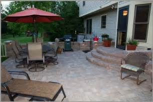 Backyard Paver Patio Ideas Improve And Class Up Your Yard By Building A Patio Ideas With Pavers Landscaping Gardening Ideas