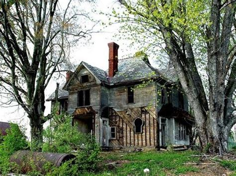 haunted houses in wv farmhouse in west virginia haunted places pinterest