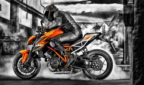 Ktm 1290 Duke Specs Ktm 1290 Duke R Official Pics And Specs Surface