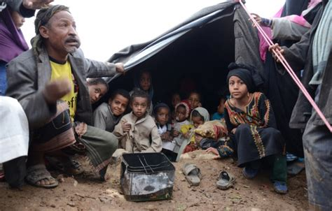 child in children in yemen brunt of war unicef