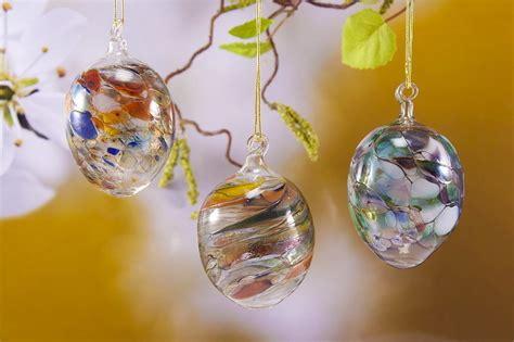 Bunte Lenschirme Aus Glas by 3 Bunte Ostereier Aus Glas Die Glasdiele