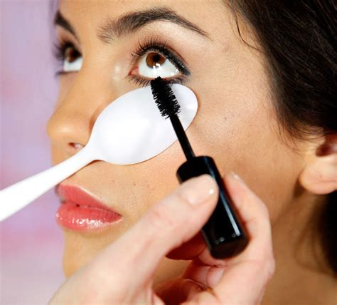Make Up Tips To Look by Makeup Tips That Will Change Your Daily Routine