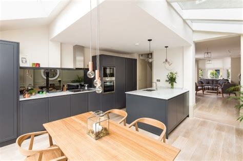 vaulted ceiling kitchen ideas espacios felices happy кухня в скандинавском стиле 80 фото незабываемых интерьеров