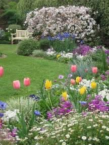 Cottage Flower Gardens Cottage Garden Beautiful Flower Beds Landscaping Ideas