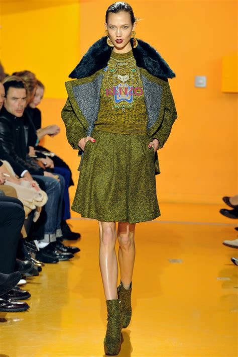 Kenzo Graphic Tiger Sweatshirt this is how the fashion forward strut their stuff in