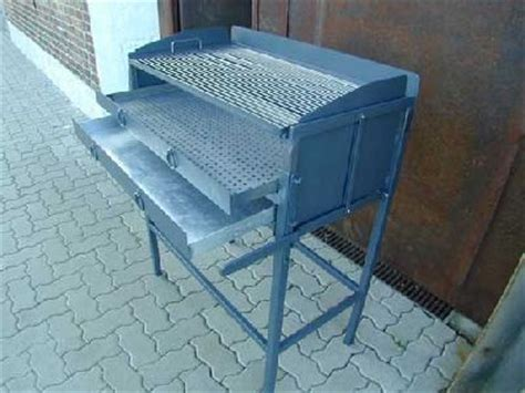 stahl grill selber bauen holzkohle grill