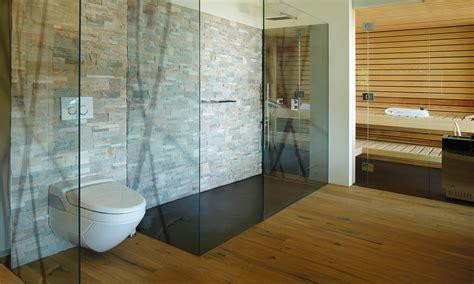 schiebetür glas badezimmer glas im bad wohnen mit glas glasvetia