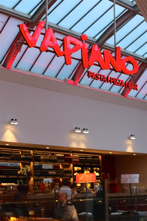 what do pugs eat and drink vapiano manchester restaurant review kitten fashion and lifestyle