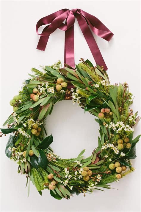 wreath diy diy how to make a gorgeous holiday wreath