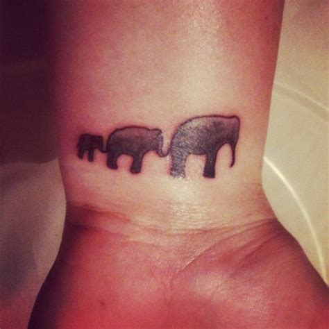 mom and baby elephant tattoos pinterest mom ideas just get a mommy and baby elephant tattoo for my mom and