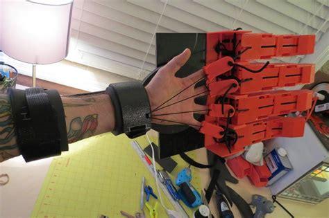Comic Book Shelves Florida Man 3d Prints Articulated Warhammer 40k Crimson