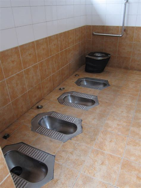 china bathrooms 7 social norms that americans in china may find strange