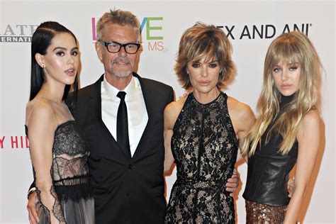 lisa rinna gossip about husband lisa rinna husband and daughters take dazzling photos