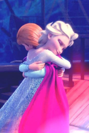 film elsa italiano disney frozen sisters anna and elsa hug