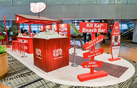 nestle organises interactive kitkat event  singapore changi
