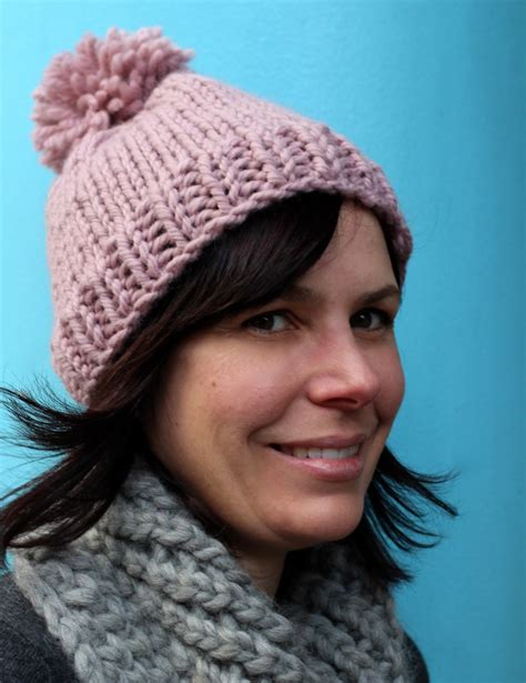 simple bobble hat knitting pattern how to knit free easy hat knitting pattern for