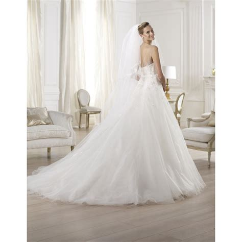 Wedding Dresses On Sale by Ola 2014 Pronovias Collection Sle Sale Bridal Gown