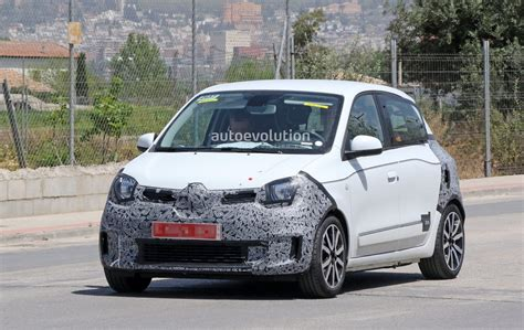 renault twingo engine spyshots renault twingo facelift spotted might get a