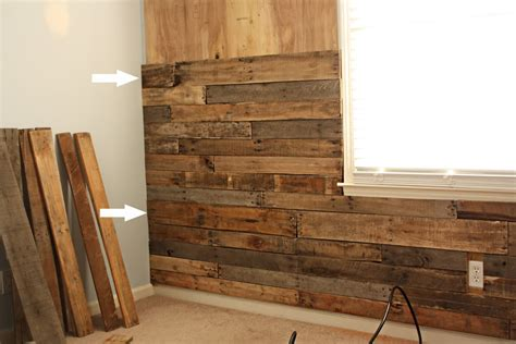 wood accent wall wood wall with pallet parete di legno pallet hackers