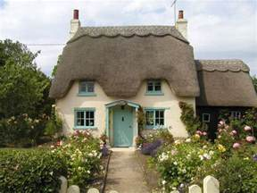 Cotage by A Beautiful Thatched Cottage Old World Cottages Pinterest