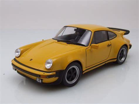 Porsche 911 Turbo Gelb by Porsche 911 930 Turbo 3 0 1974 Gelb Modellauto 1 24