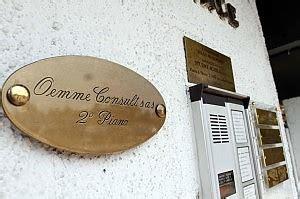 equitalia sede legale roma melegnano due ispettori di equitalia presi a calci e