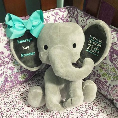Elephant Baby Shower Gifts by Best 25 Baby Elephant Nursery Ideas On