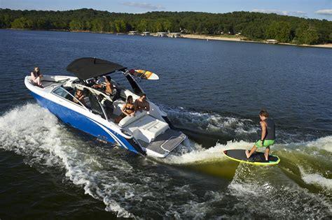 cobalt r5wss surf brodie boats - Cobalt Surf Boat