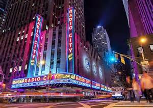 Radio City El New York What To See And Do In New York City On A Rainy Day New