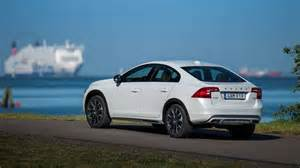 Volvo C60 2016 Volvo S60 Cross Country Awd Sedan Review Price And