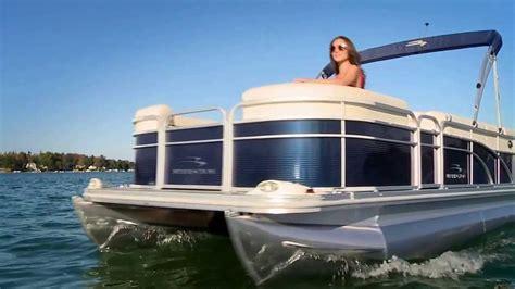 bennington pontoon boats youtube 2014 bennington 21 slx pontoon boat youtube