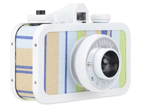 lomocams with st. tropez style at cool mom tech