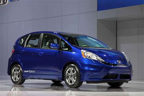 how to fix cars 2011 honda fit head up display honda fit ev available in 2012 for lease only 399 per month update autoblog