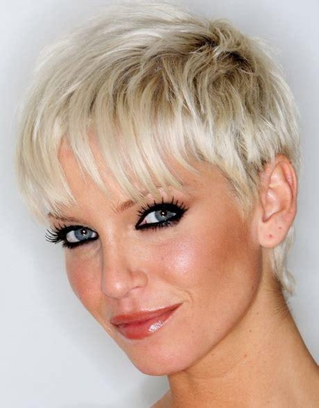 pixie haircut hairstyles for fine thin hair pinterest pixie haircuts for thin hair