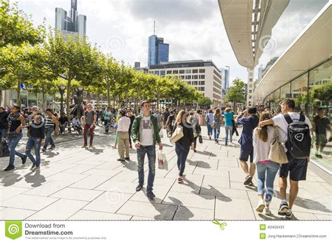 Frankfurt Mba Part Time by Walk Through The Streets Of The Ancient Russian City