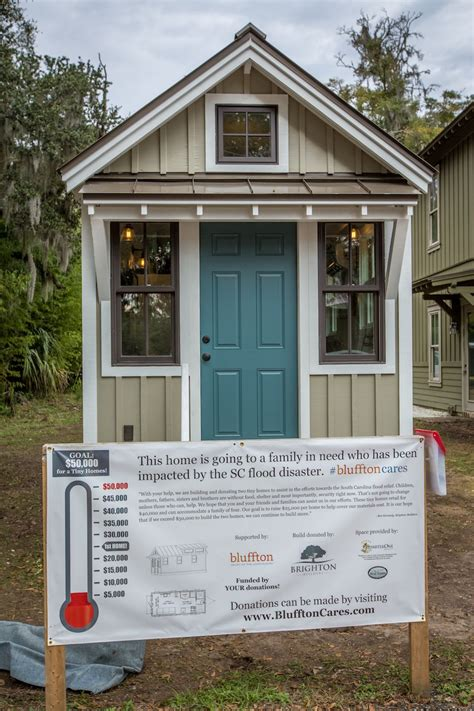 tiny house swoon tiny house for flood victims tiny house swoon