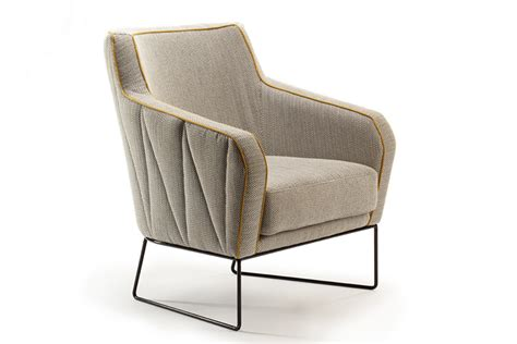 Armchair Design armchair 187 retail design