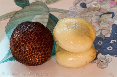 Crunch Keripik Buah Salak tropical fruit of indonesia