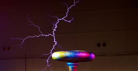 tesla coil l onetesla is a singing tesla coil