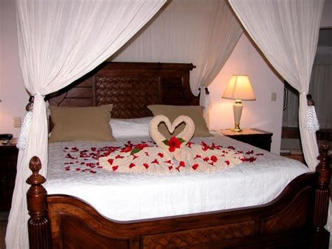 wedding night bedroom decoration ideas collection honeymoon night in bedroom photos daily