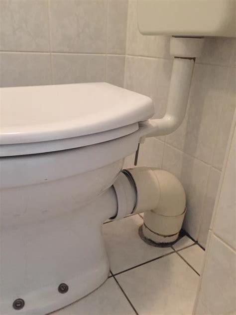 nieuwe afvoer toilet vervangen manchet van toiletafvoer werkspot