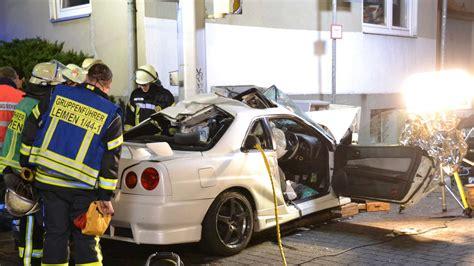 Auto Leimen by Leimen Fotos T 246 Dlicher Verkehrsunfall Nissan Kommt