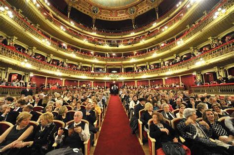 entradas teatro romea programaci 243 n para este oto 241 o en el teatro romea